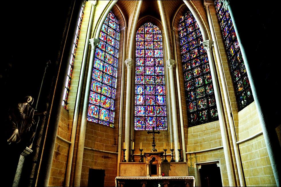 витражи кафедрального собора шартра