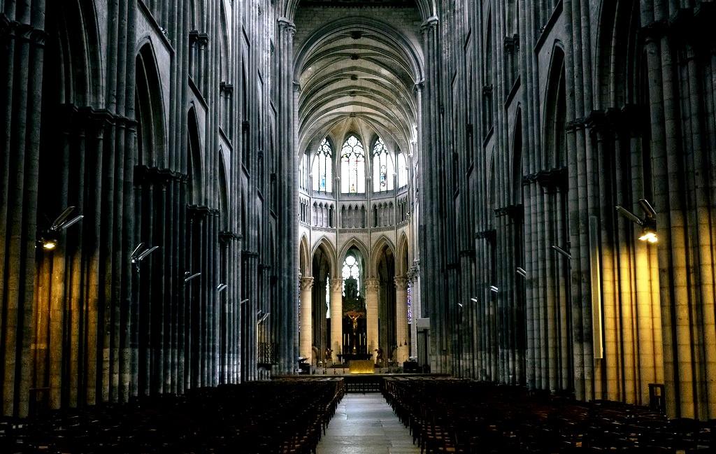 величественный собор руана