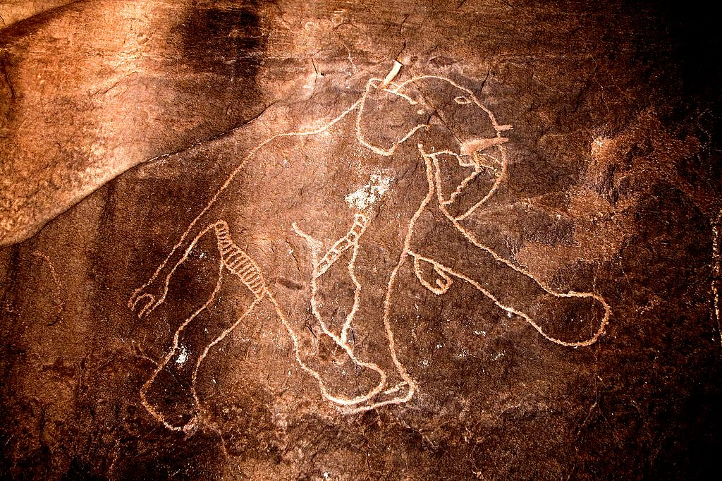 фреска со слоном