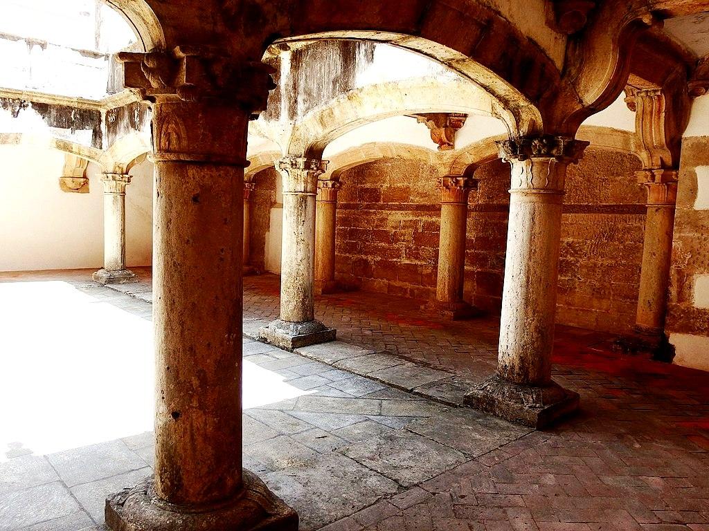 помещения замка тамплиеров