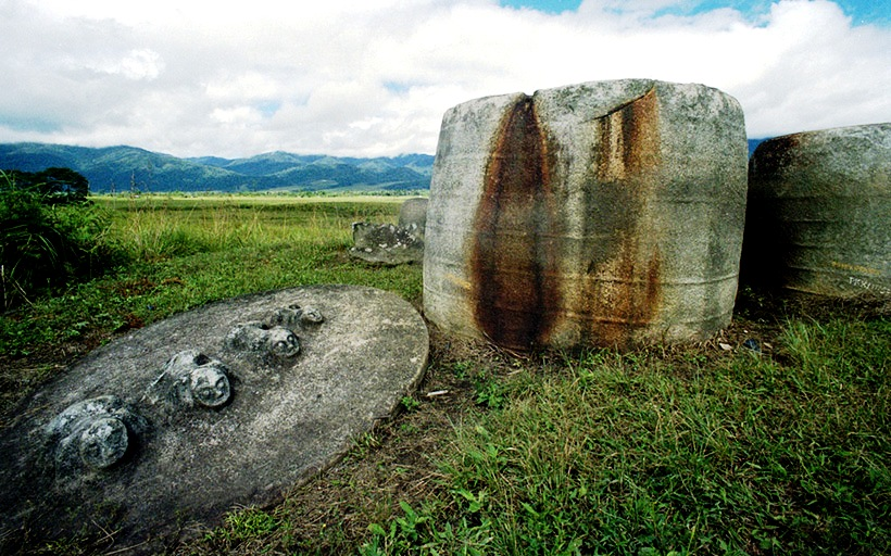 камни сулавеси