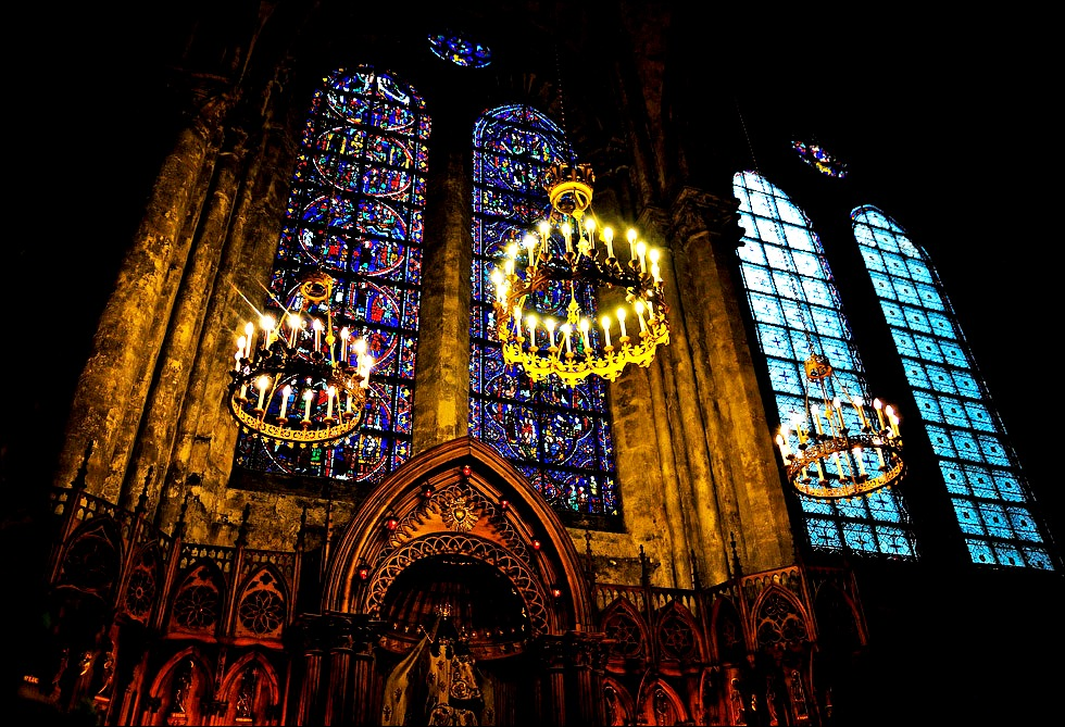 лампы шартрского собора