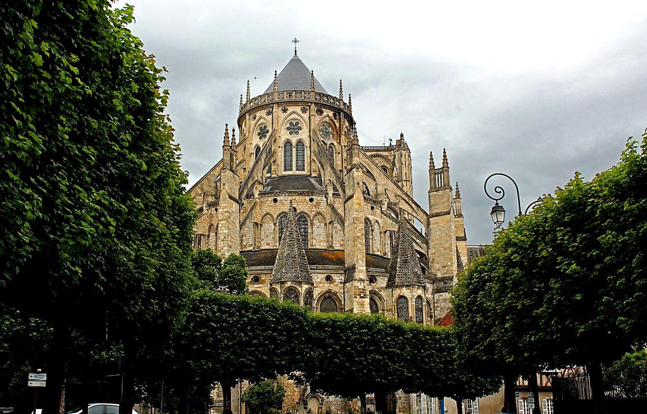 кафедральный собор в бурже