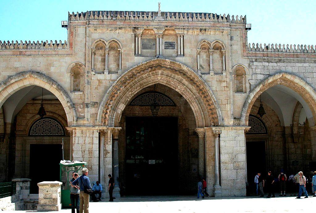 вход в мечеть аль-акса