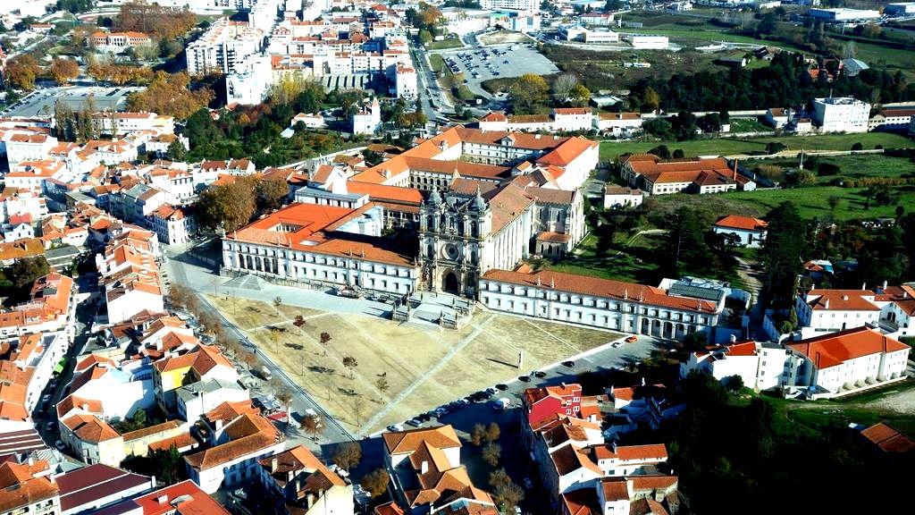 вид монастыря алкобаса