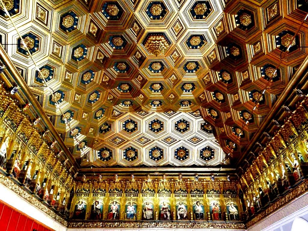 наборный потолок алькасара