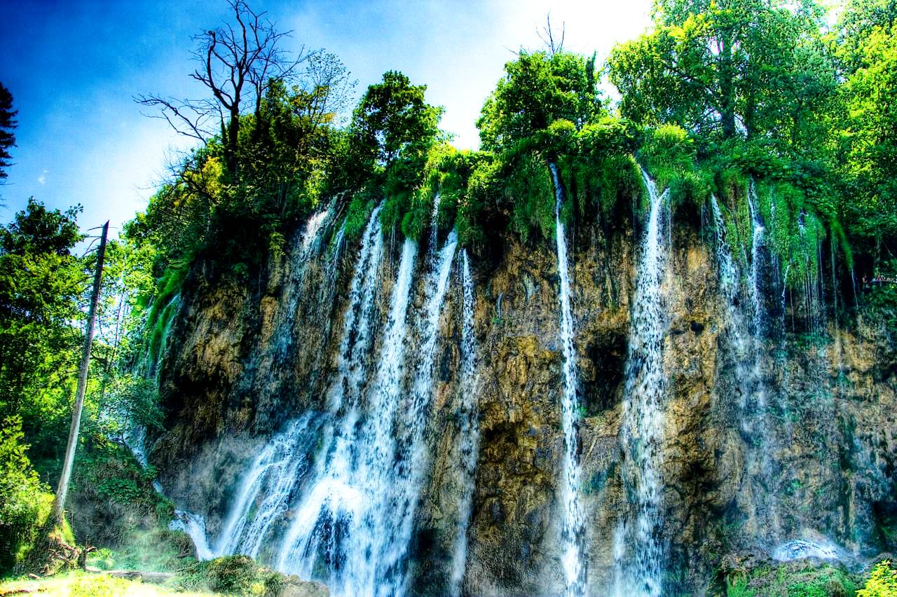 водопад саставци