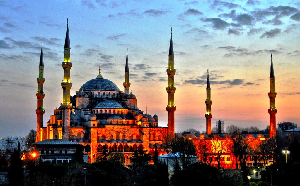 голубая мечеть на закате