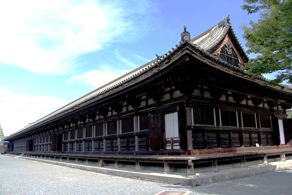 храм сандзюсан
