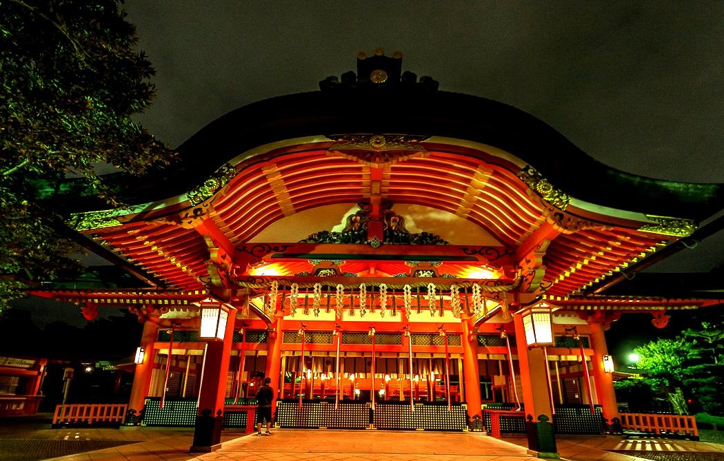 здание храма фусими