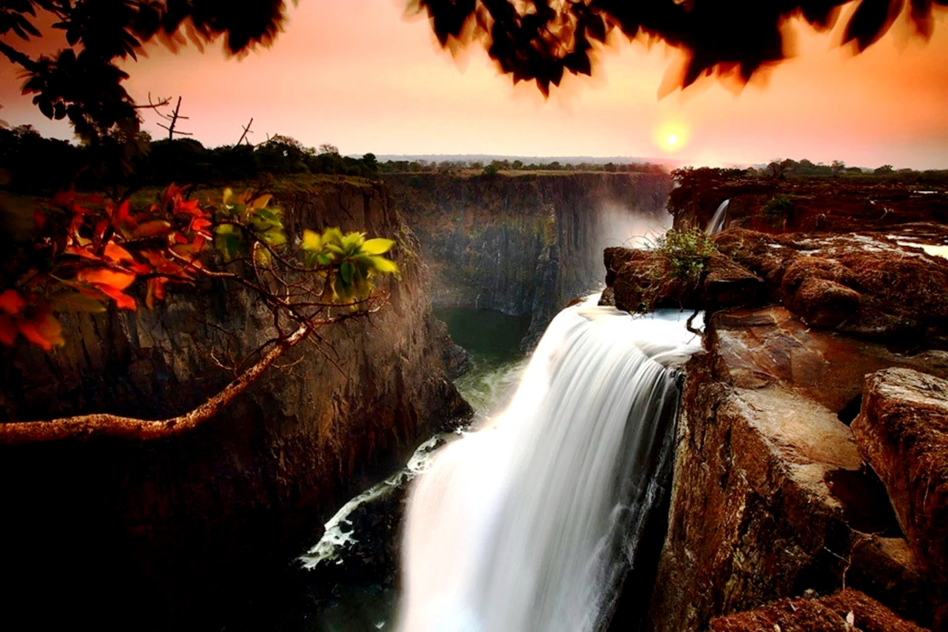 краски водопада виктория