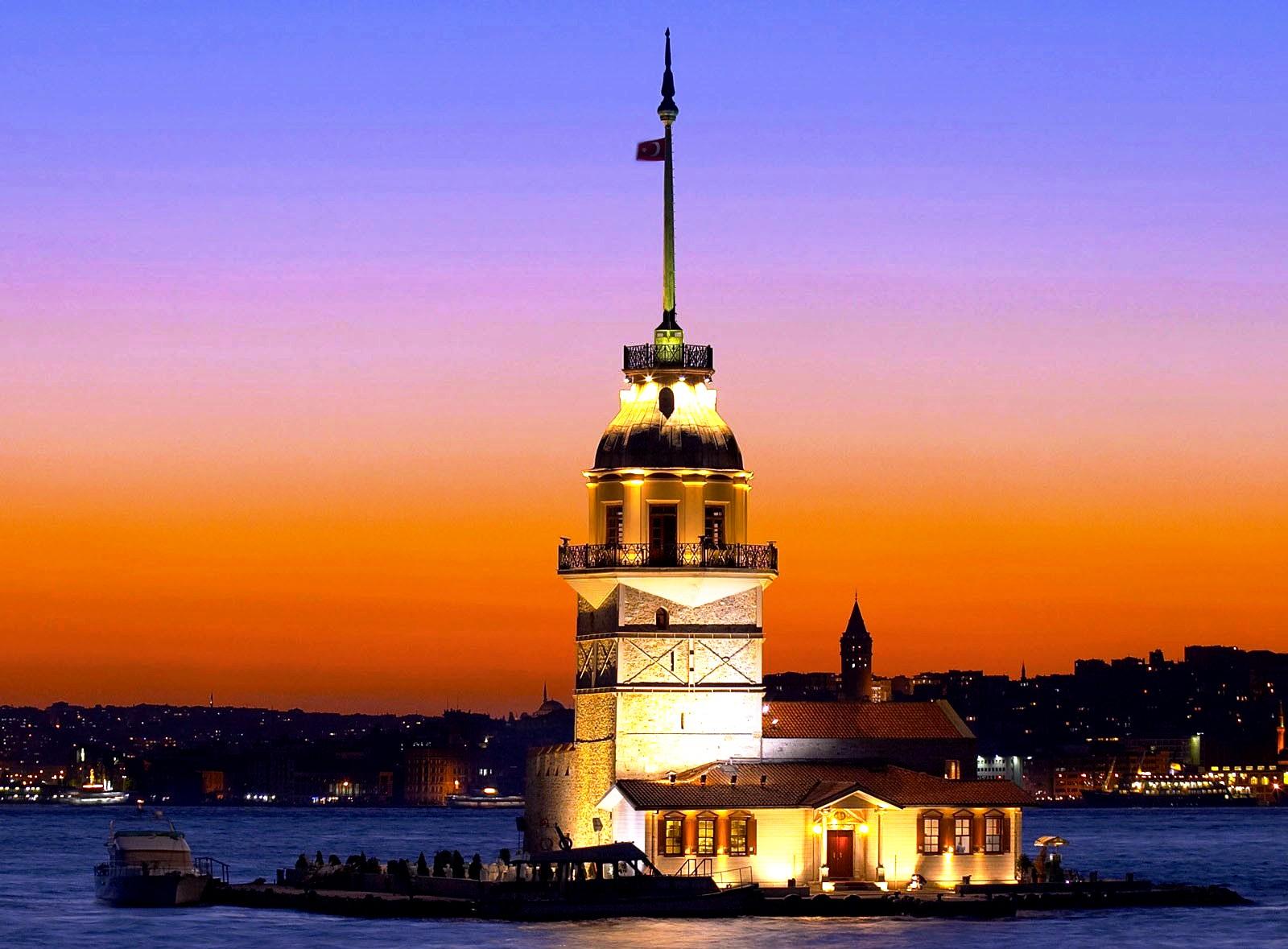 стамбульский маяк