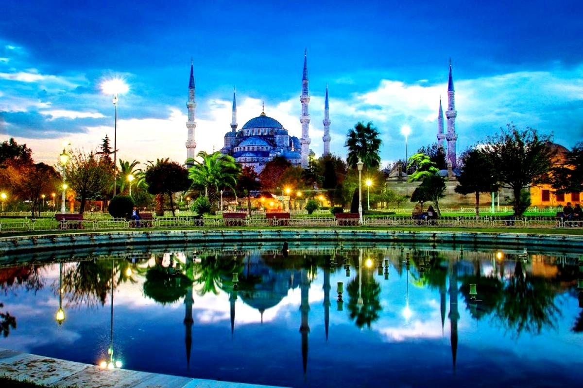 пейзаж с голубой мечетью