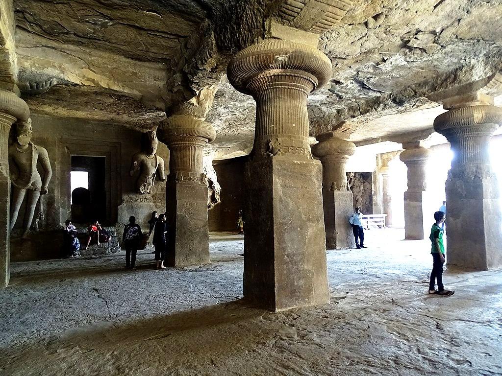 интерьер пещер элефанты