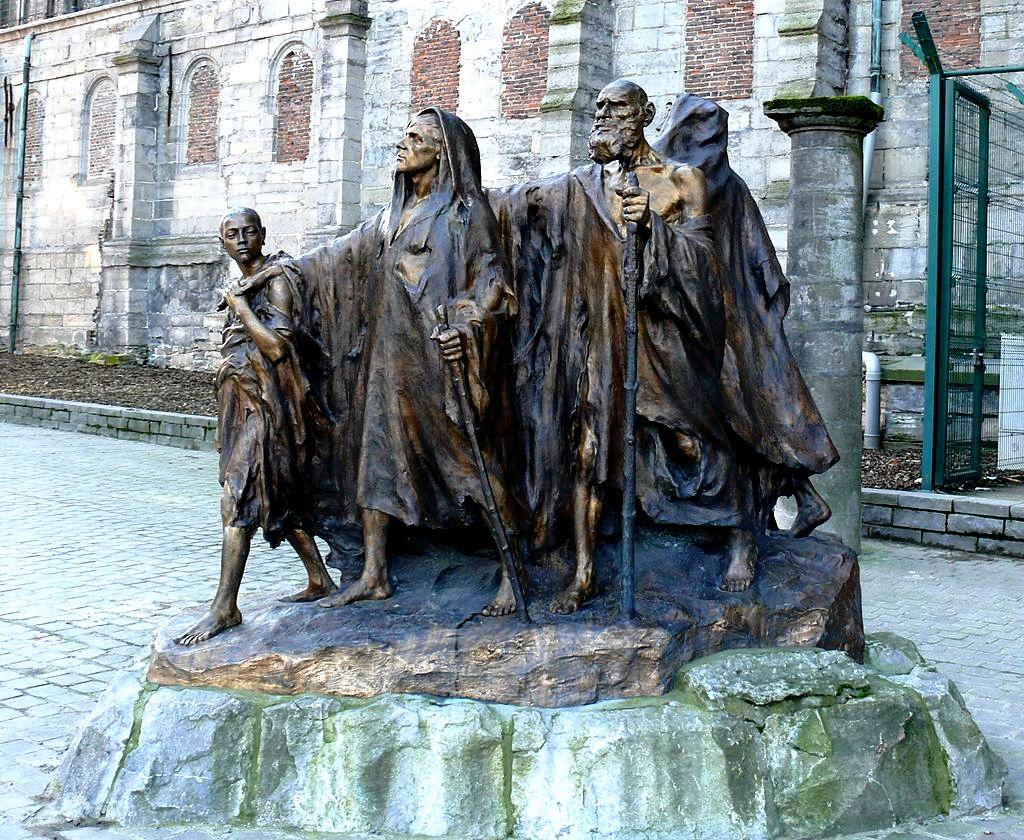 статуи паломников
