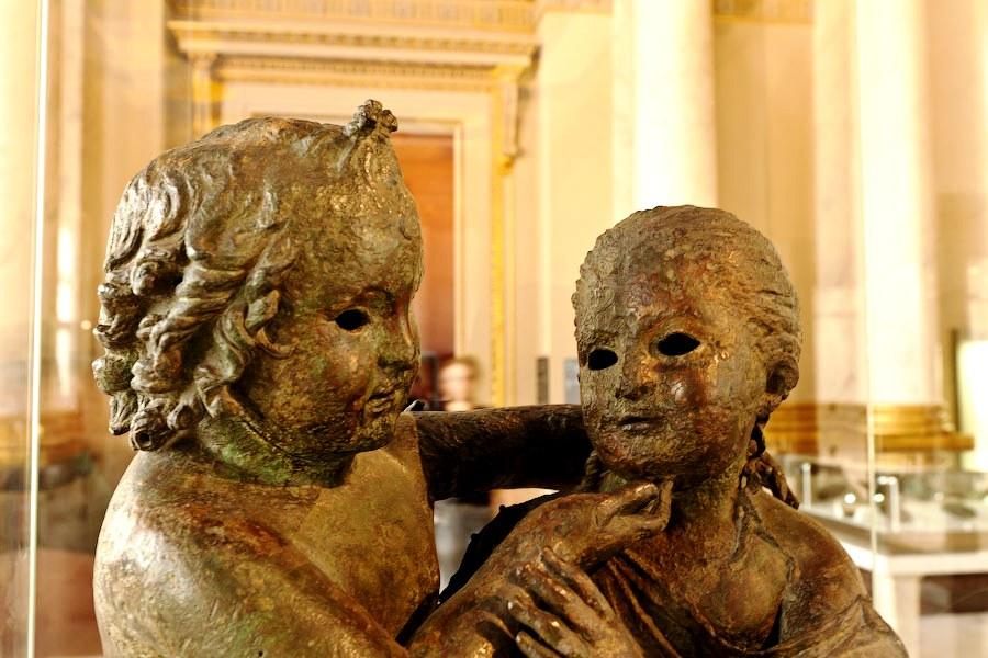 изваяния и статуи