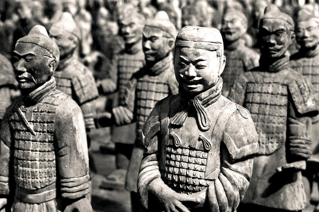 лица глиняных солдат