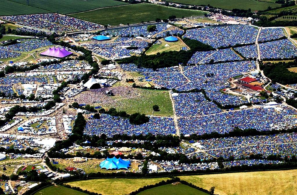 палатки фестиваля