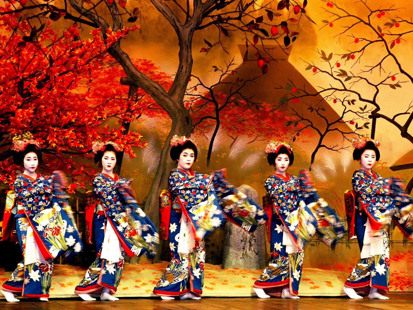 танцовщицы японии