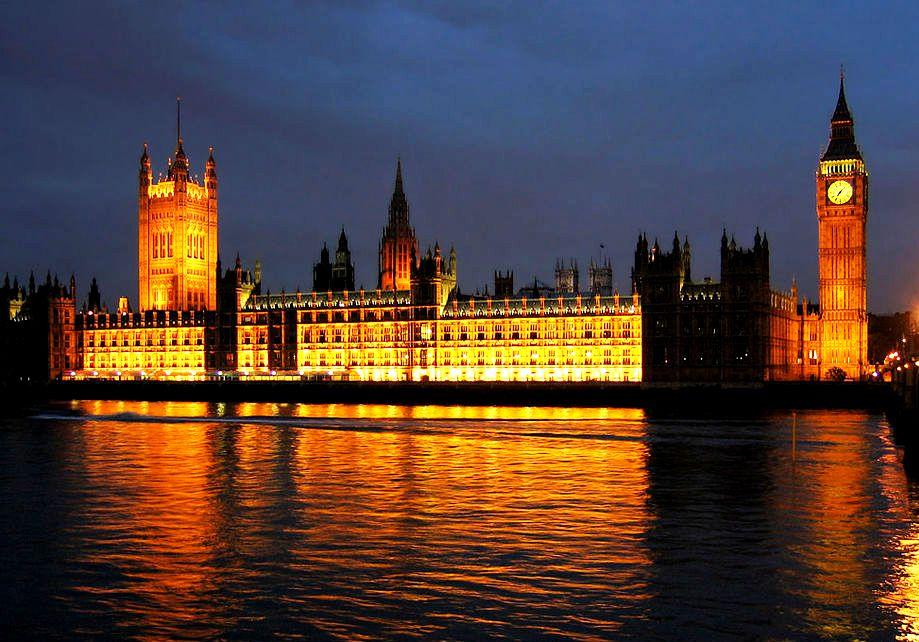 ночной вестминстерский дворец