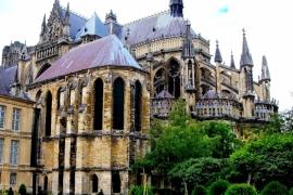 06здание Амьенского собора