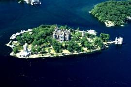 остров Сердца и замок Болдт