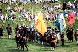 реконструкция сражения в крепости Буртанж
