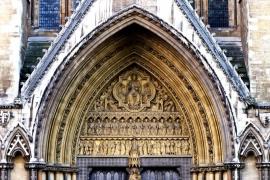 портал аббатства