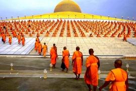 монахи Дхаммакая