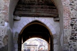 ворота замка Кока