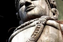 скульптура Храма Истины