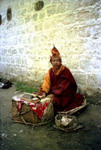 монах поталы