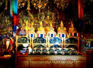 молитвенный зал поталы