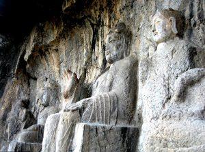 будды в лунмэне