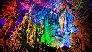 гуйлиньская пещера