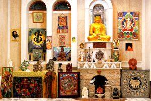 буддийский зал молитв