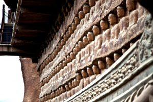 барельефы на скале майджишан