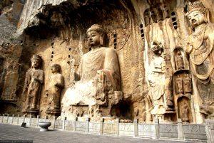 фигуры храма Лунмэнь